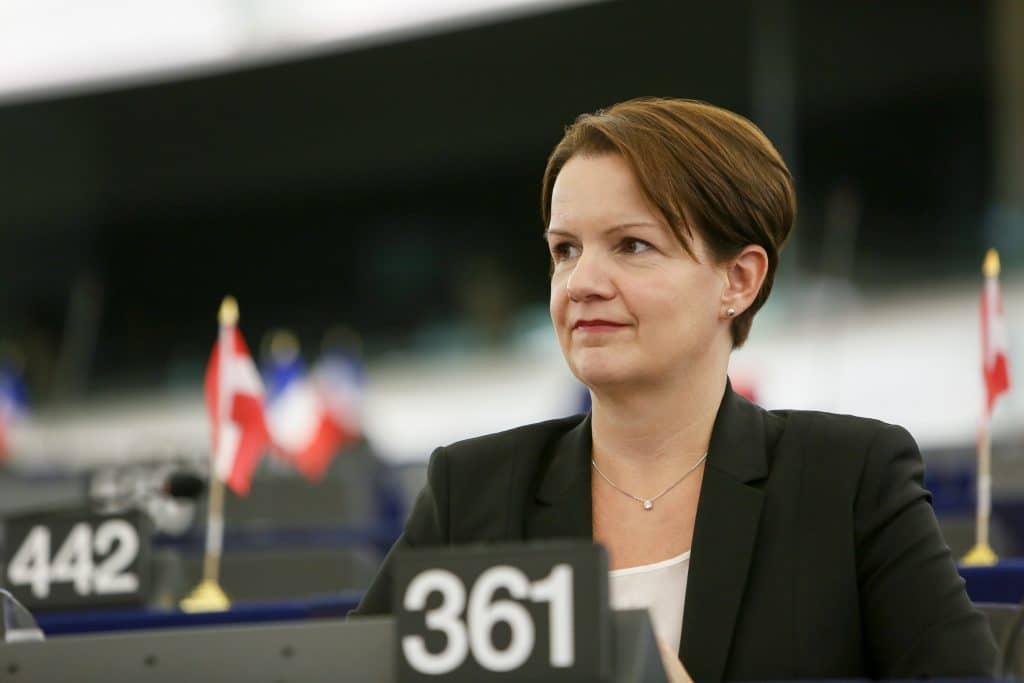 Mara BIZZOTTO in plenary session week 40 2016 in Strasbourg